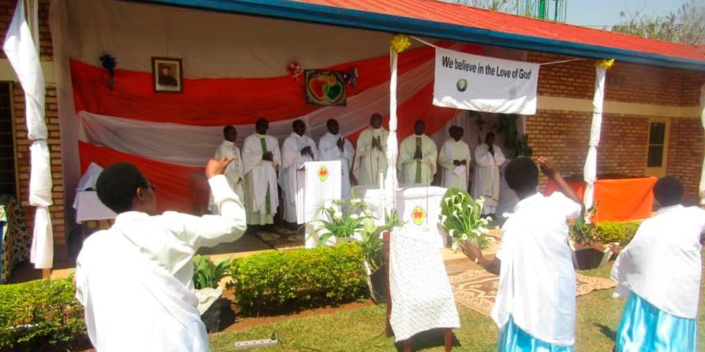 Primeras profesiones en Rwanda